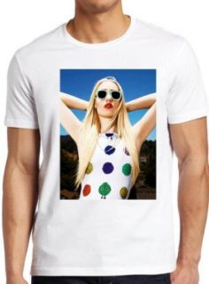 Iggy Azalea Amethyst Amelia Kelly Sexy Glasses T Shirt Unisex Men Women Clothing