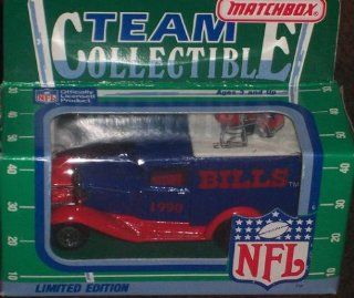 Buffalo Bills 1990 Matchbox White Rose NFL Diecast Ford Model A Truck Collectible Car  Sports Fan Toy Vehicles  Sports & Outdoors