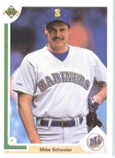 1991 Upper Deck # 638 Mike Schooler Seattle Mariners   MLB Baseball Trading Card Sports Collectibles