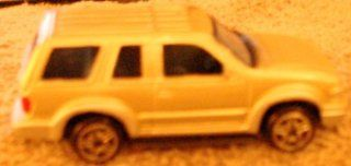 MAISTO FORD EXPLORER 1/64 Scale DIE CAST (SILVER)