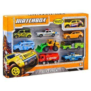 Matchbox Vehicles 9 Pack (Colors/Styles Vary)   Childrens Die Cast Vehicles