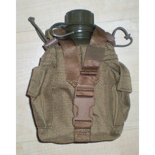 Coyote Brown Modular 1 Quart Canteen Cover (Army, Military, Police, & Security Type)  Camping Canteens  Sports & Outdoors