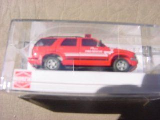 BUSCH, HO SCALE(1/87), CHEVROLET BLAZER, W/PLANO FIRE RESCUE MARKINGS, RED Toys & Games