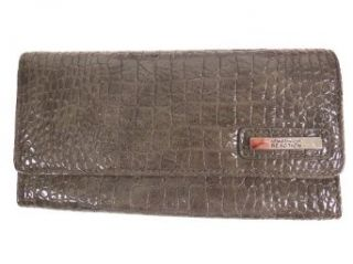 Kenneth Cole Reaction (522) Trifold Clutch Wallet (Grey) Shoes