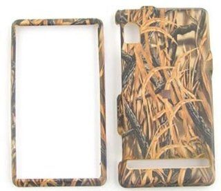 Motorola Droid A855   Camo/Camouflage Hunter, w/Shedder Grass   Hard Case/Cover/Faceplate/Snap On/Housing/Protector Cell Phones & Accessories