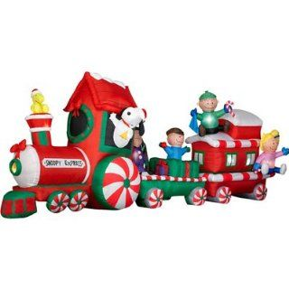 PEANUTS Snoopy Express Train 13' Wide Animated Christmas Airblown Inflatable Gemmy  Outdoor Decor  Patio, Lawn & Garden