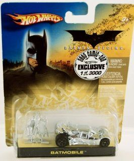 Hot Wheels   Batman Begins   Batmobile w/ Batman Figure   1 of 3000   2005 Comic Con Exclusive   Silver   RARE   Mattel   Mint   Limited Edition 164 Scale Collectible Die Cast Car Toys & Games