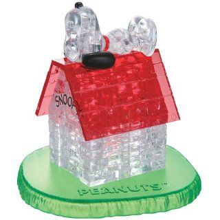 PEANUTS Snoopy & Doghouse Crystal Puzzle 3D Charlie Dog Puppy Assembly Cute  Baby