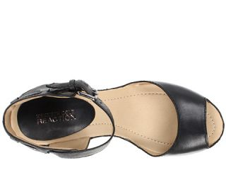 Kenneth Cole Reaction Sole My Heart Black
